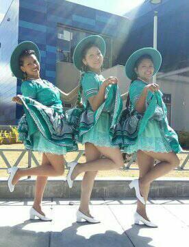 cholitas lindas de bolivia
