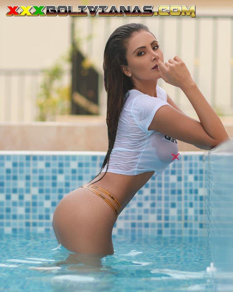 Tati Ibarra en bikini